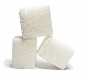 Zucker zum Wein selber machen dazugeben